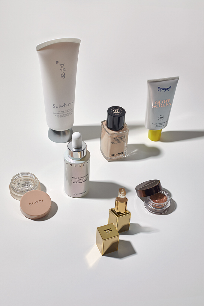 Vogue Singapore 2020 - Beauty Skincare Glow Dewy Hydration Make-up Sulwhasoo Supergoop Gucci Hourglass Chantecaille Chanel Tom Ford.jpg