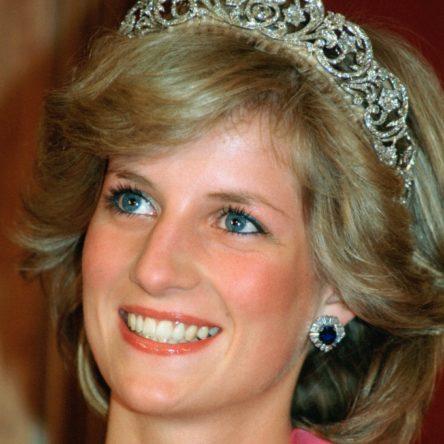Vogue Singapore November 2020 - Princess Diana fashion beauty make-up style Mary greenwell hair best looks