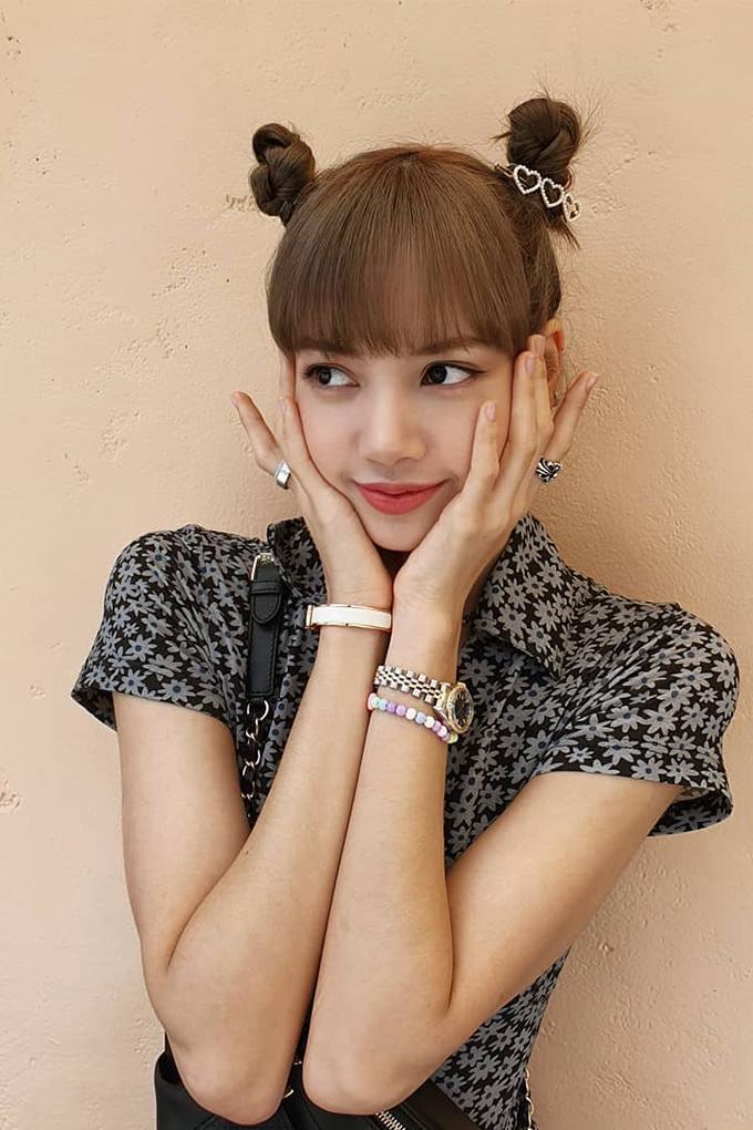 Vogue-Singapore-Blackpink-Lisa