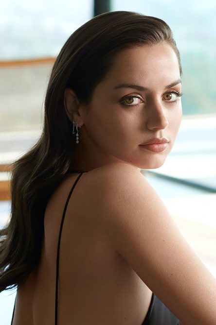 Vogue Singapore March 2021 - Ana de Armas Estee Lauder beauty skincare makeup ambassador fragrance bond girl actress