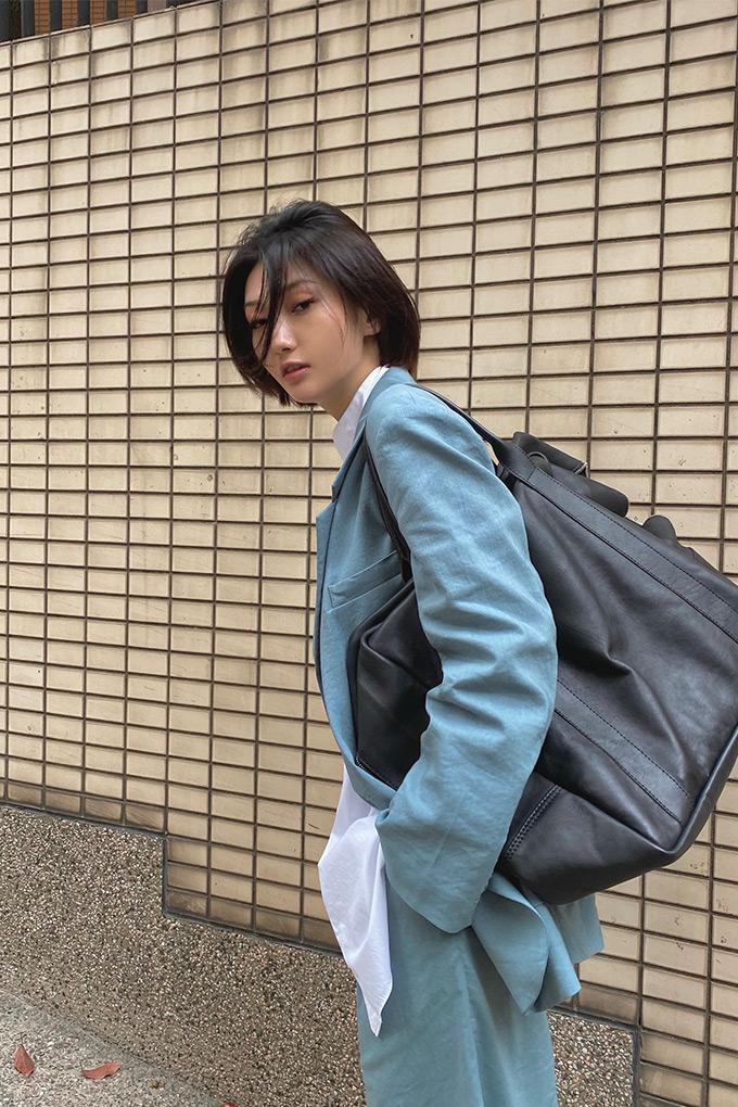dressing through uncertain times xin yao bag