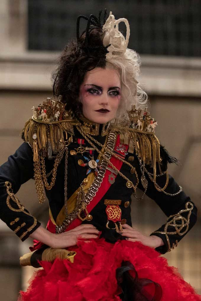 Cruella-jewellery-emma-stone