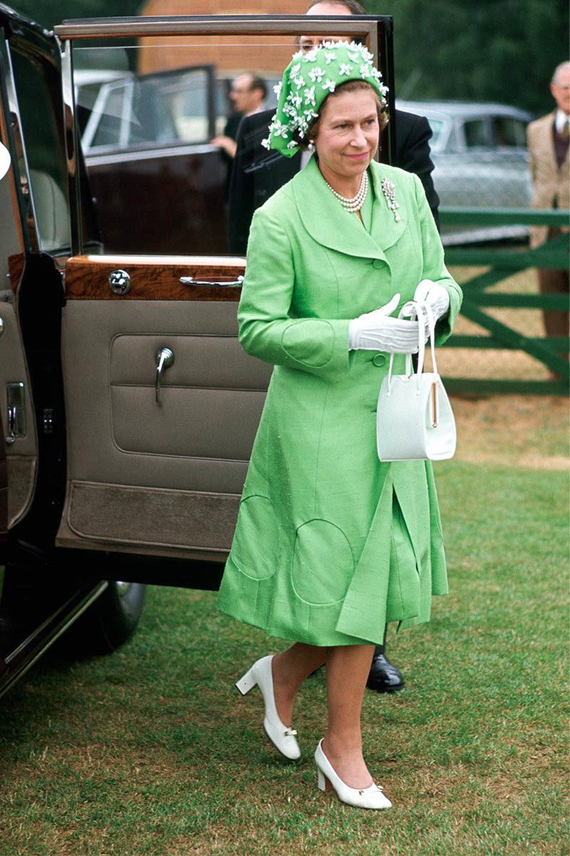 Queen E green