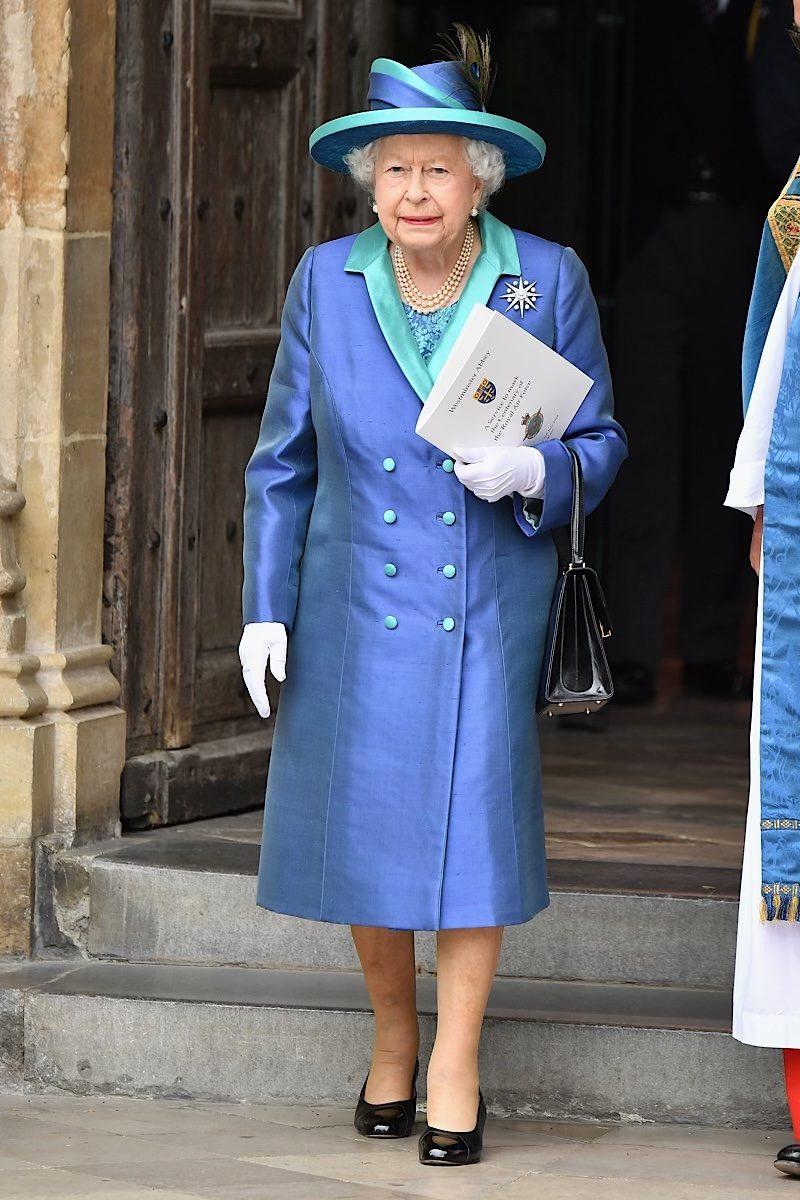 Queen Elizabeth fashion blue