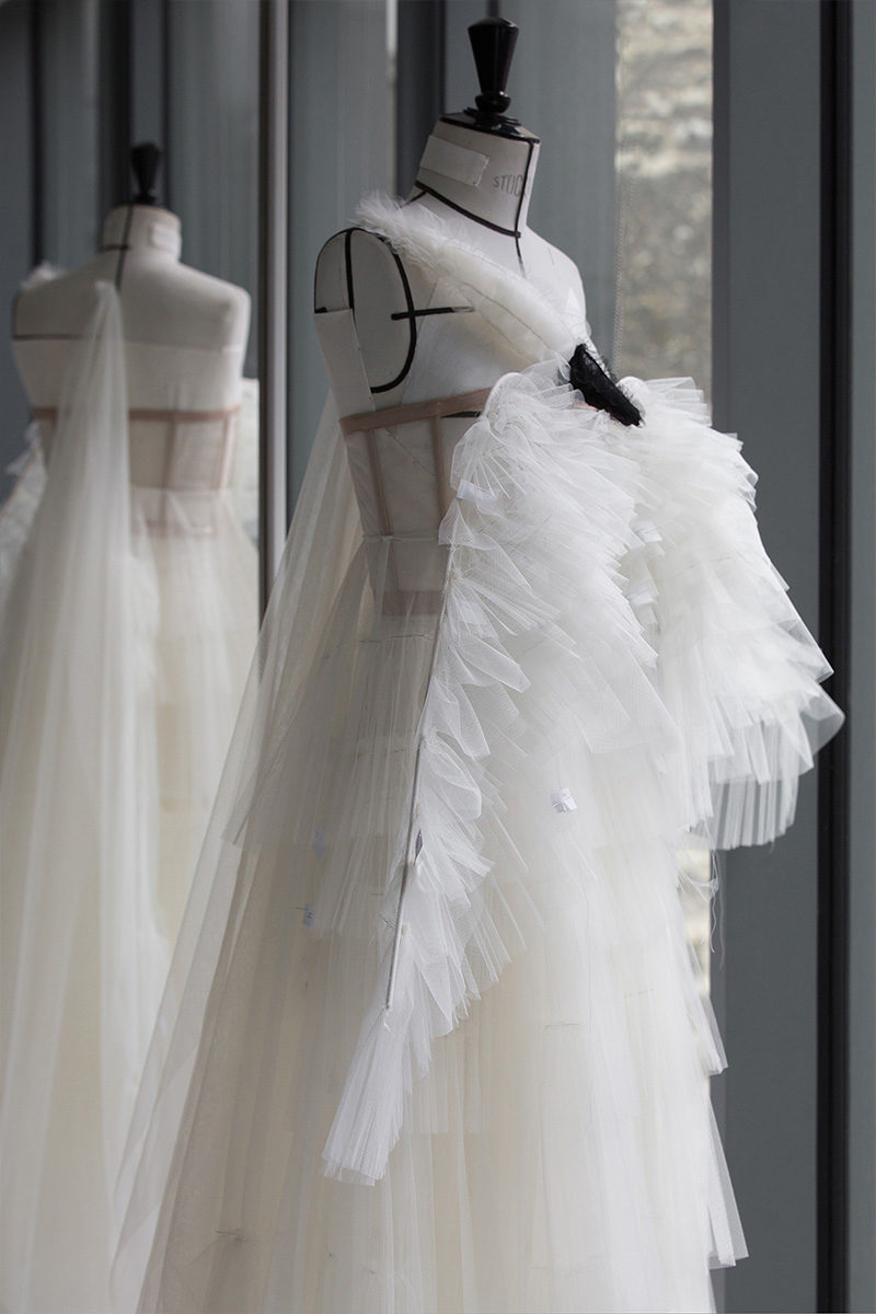 dior swan dress atelier