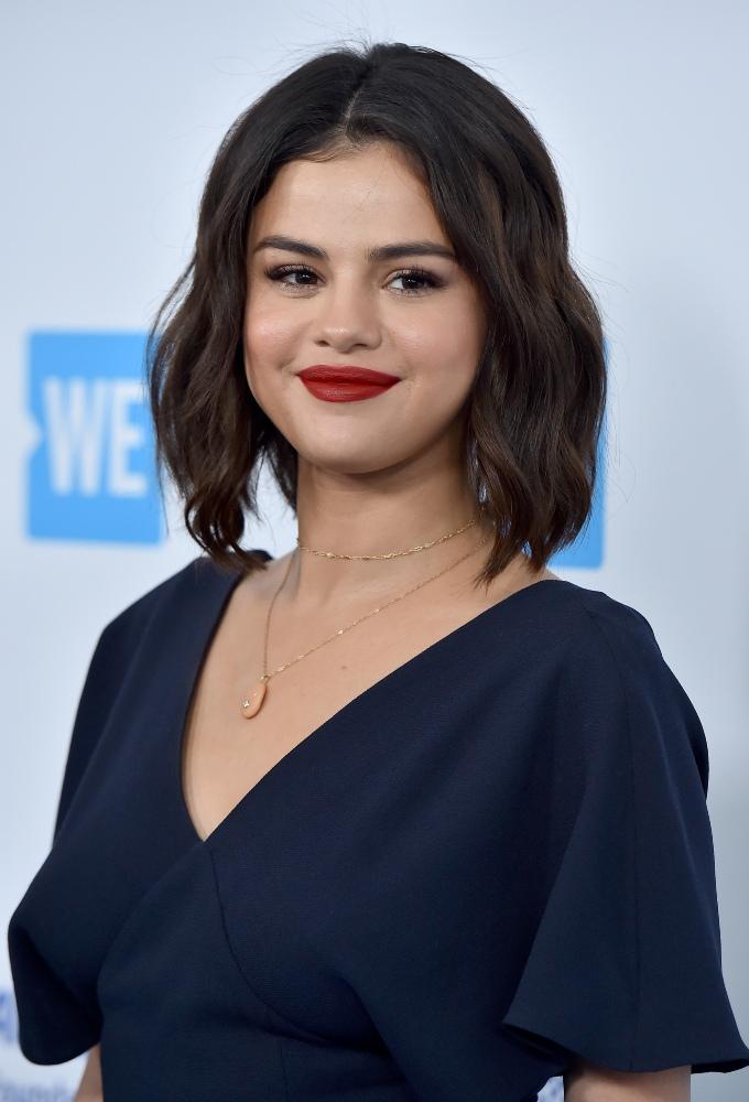 Vogue Singapore 2021 Selena gomez best beauty hair makeup