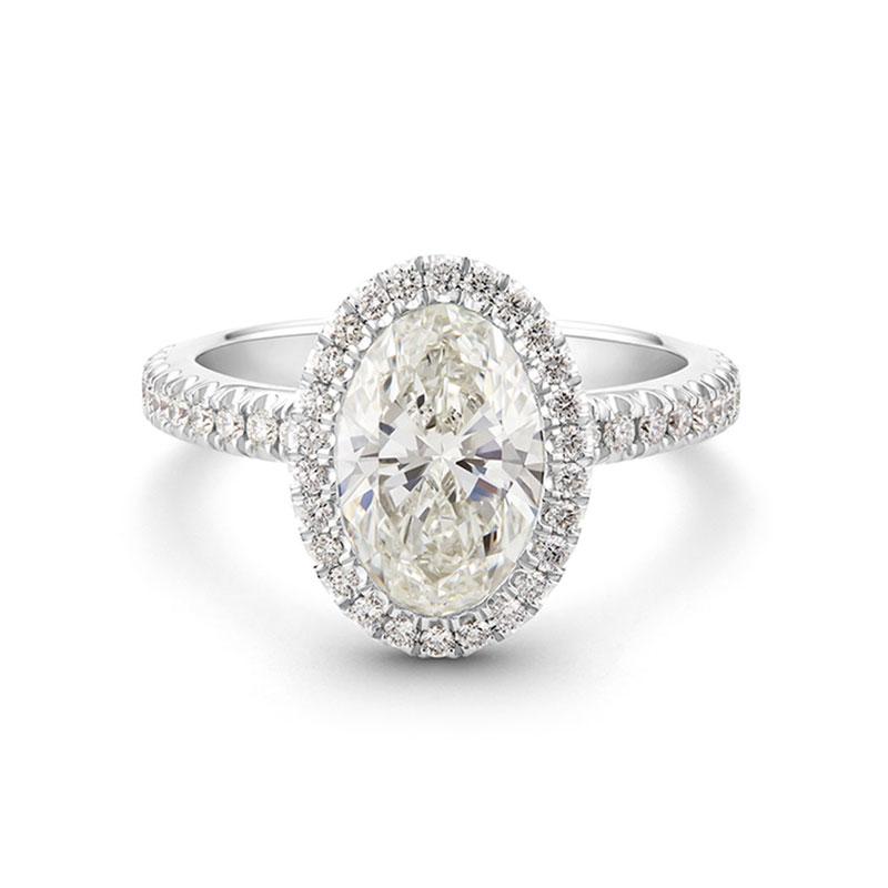 Oval engagement rings De Beers