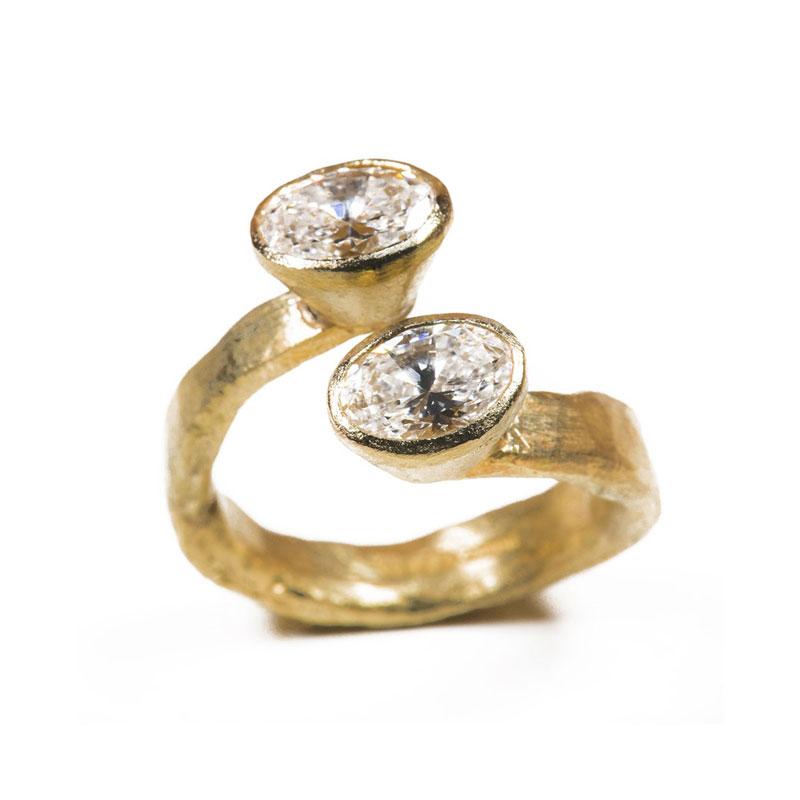 Oval engagement rings Disa Allsopp