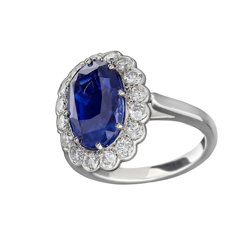 Oval engagement rings Hancocks London