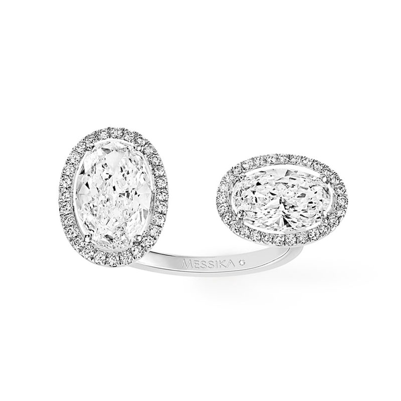 Oval engagement rings Messika