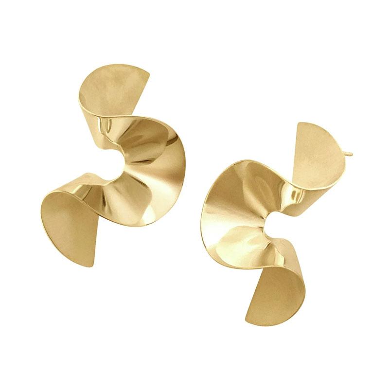 Selena-gomez-jewellery-looks-product-sara-robertsson