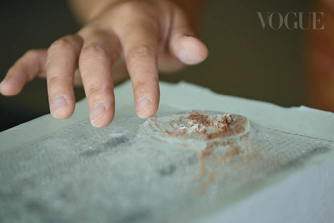 Glass artist Rui Sasaki creates an exclusive work for Vogue Singapore that's inspired by the pandemic