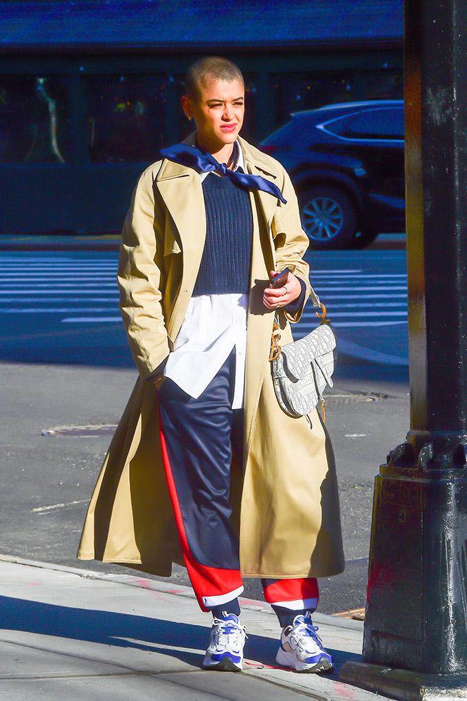 Julien Calloway Gossip Girl sneakers