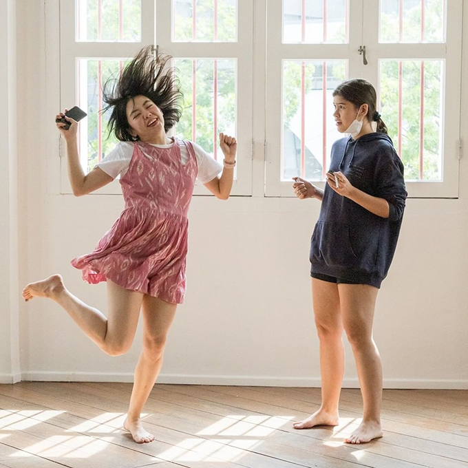 (un)becoming, a livestreamed performance that is part of the Festival of Women N.O.W