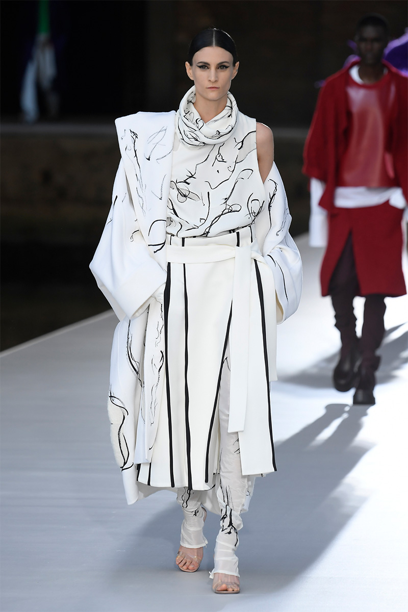 valentino haute couture aw21 look 49