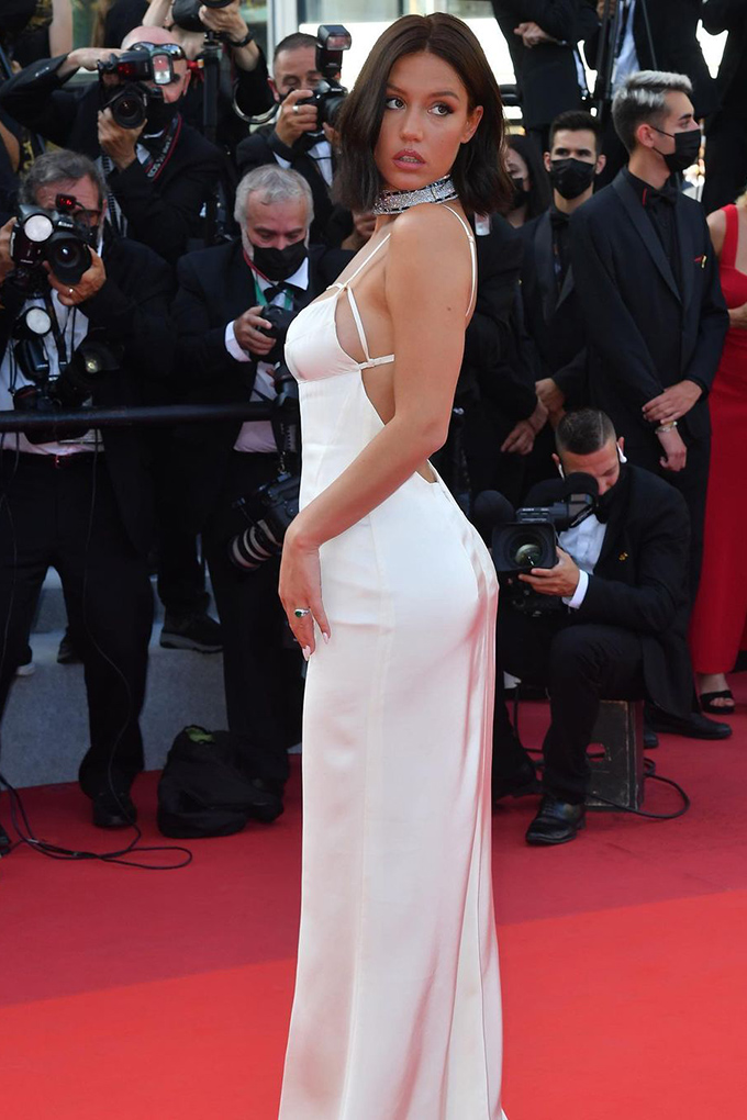 Adele Exarchopoulos in Jacquemus at Cannes Film Festival 2021