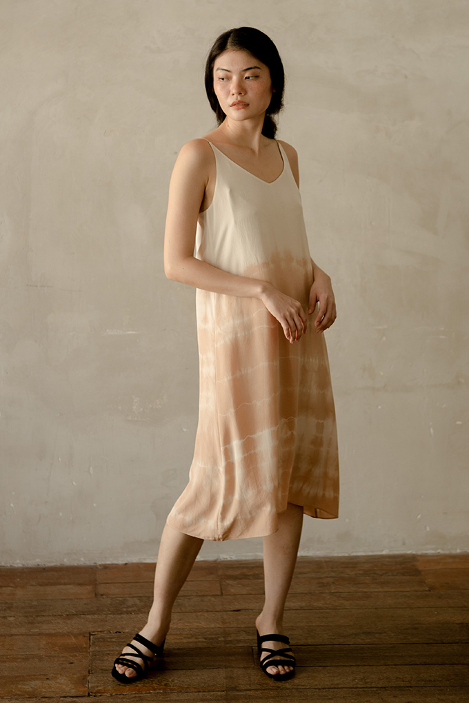 Su By Hand, ran by Supei Ho, is one Asian brand promoting sustainable fashion