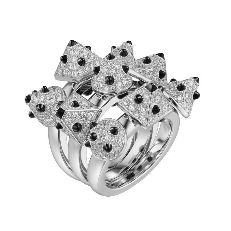 Cartier-lily-collins-clash-[un]limited-ring