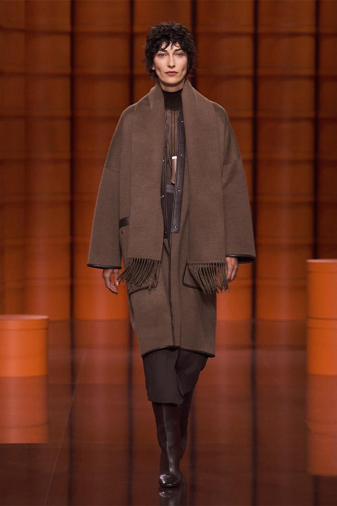 Hermes autumn/winter 2021 Brown Coat