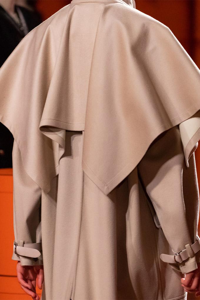 Hermes autumn/winter 2021 Beige Coat Detail
