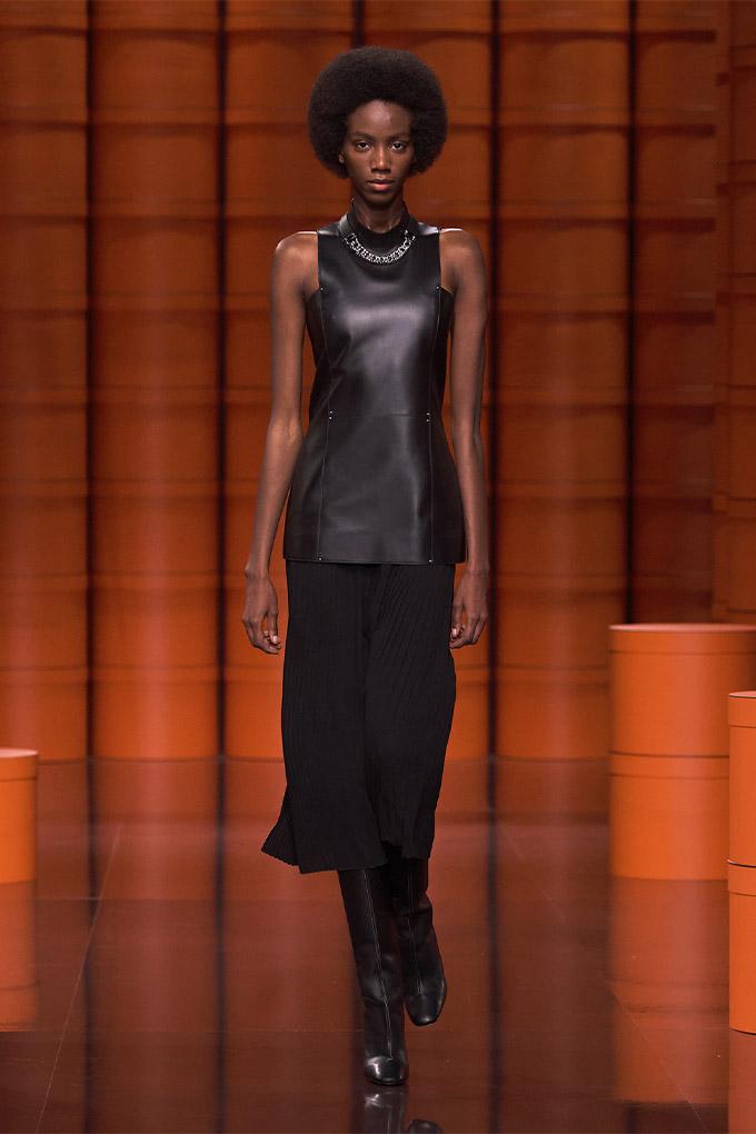 Hermes autumn/winter 2021 Black Leather Top + Pleated Skirt