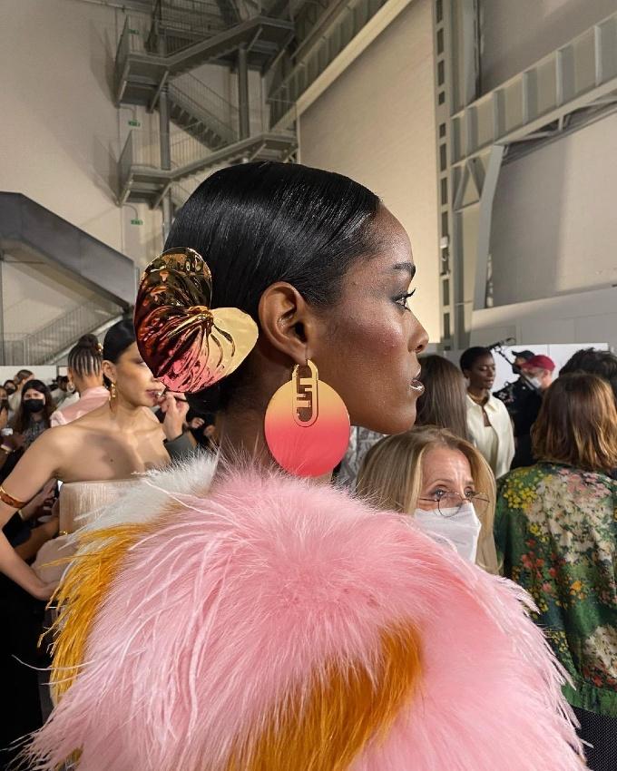Vogue Singapore 2021 - beauty milan fashion week makeup hair - fendi spring 2022 olivia j singer