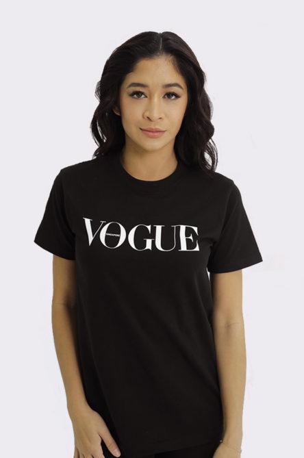 Vogue AR T-shirt in black