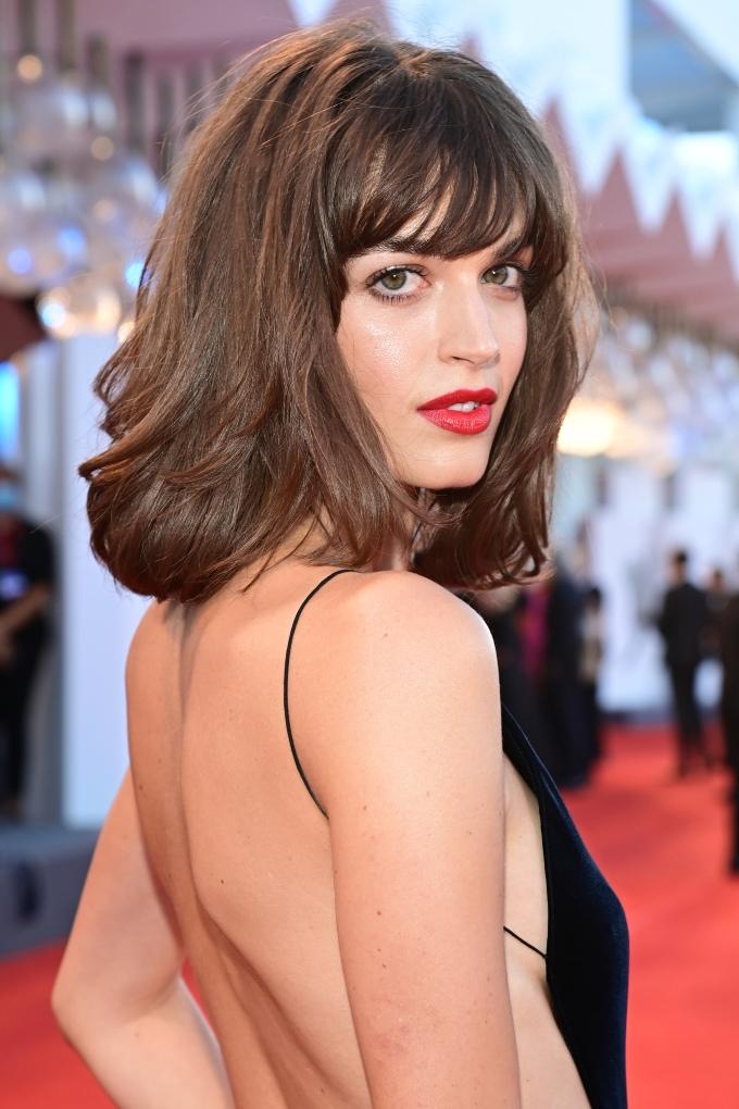 Vogue Singapore 2021 - venice film festival beauty makeup red carpet - Kristen Stewart Barbara Palvin Zendaya Greta Ferro Alice pagani Madisin Rian Penelope cruz