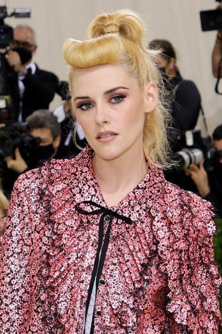 Kristen Stewart Met Gala 2021 hair
