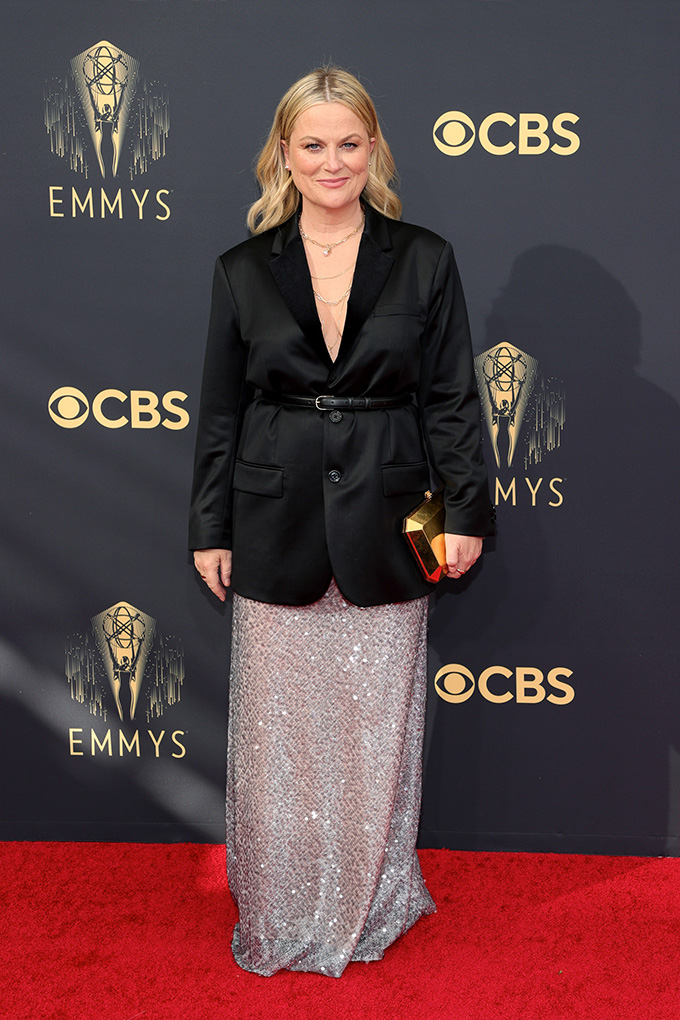 Emmys-2021-Amy-Poehler