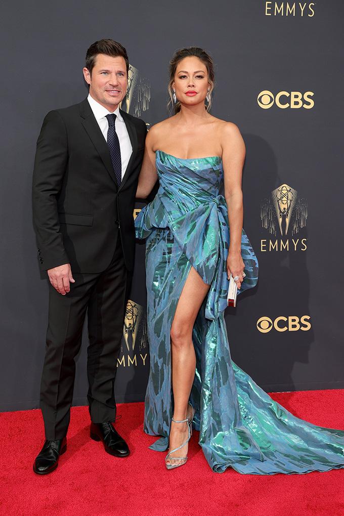 Emmys-2021-Nick-Lachey-and-Vanessa-Lachey