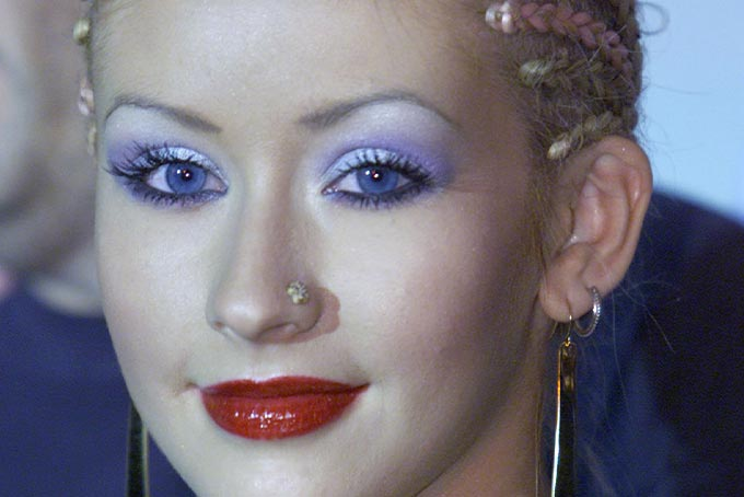 90s beauty trends Christina Aguilera's frosted eyeshadow