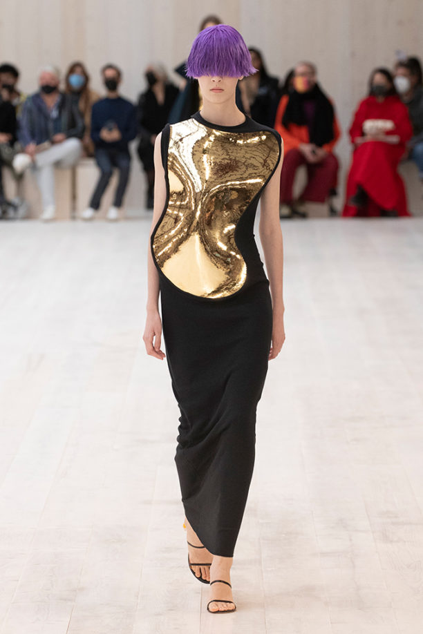 LOEWE-SS22-FEATURED-IMAGE